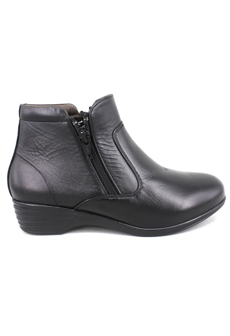 e4256bb8f84c Buy BOOTS For Women Online