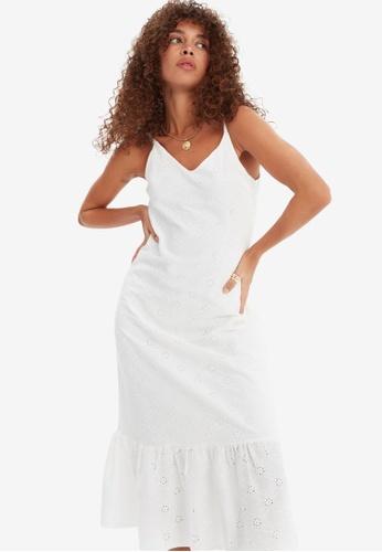 Trendyol white Broderie Dress DE838AA3E5DCB3GS_1