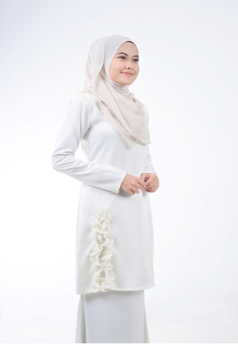 Assie Modesty white Dollies Kurung B7C61AAA87FBDAGS_1