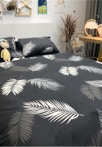 Milliot & Co. black Rorik Printed 4-Piece Quilt Cover Set 13377HLC3659EAGS_1