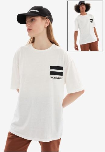 Trendyol white Oversized T-Shirt F88B4AAFD70F32GS_1