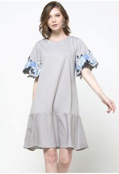 bd566e402f8 The Executive grey and white and blue Flare Dress 6AFE0AA089F2C3GS 1