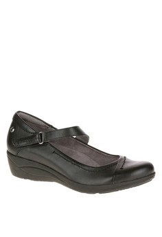 Blanche Oleena Casual Shoes