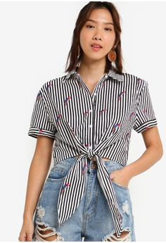 a68d79730cc5 Something Borrowed black and white Tie Front Crop Short Sleeves Shirt  EF119AA657275EGS_1
