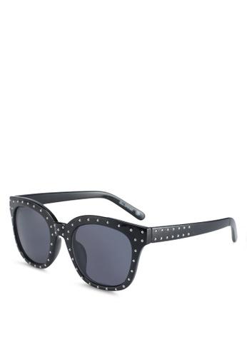 Call It Spring black Gwuria Sunglasses B6A2CGLD7C7ACFGS_1