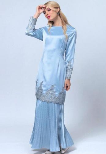 Emanuel Femme blue Femme Luxurious Lace Kurung A316FAA6EBEA7AGS_1