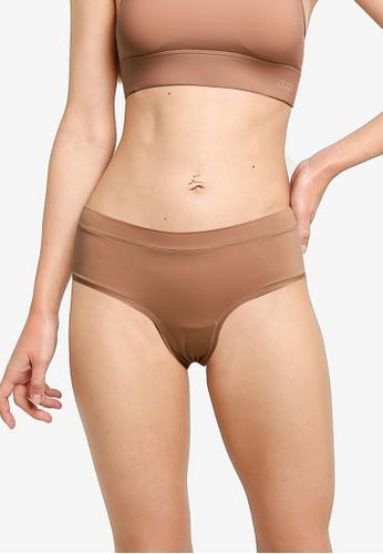 Lorna Jane beige Feel Naked Briefs 105FAUS59CCC1EGS_1