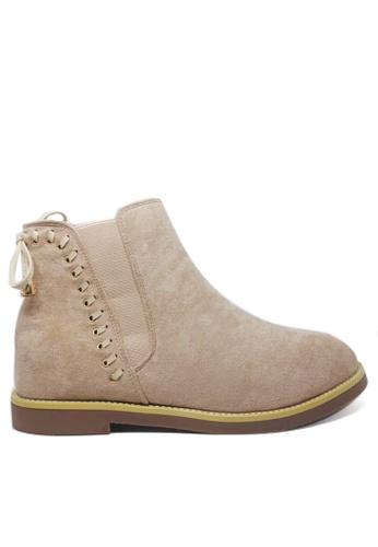 Twenty Eight Shoes beige Synthetic Suede Hidden Heel Boots 19-59 57D13SHB7BED29GS_1
