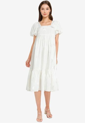 Urban Revivo 白色 層次洋裝 93C1DAA6B773ADGS_1