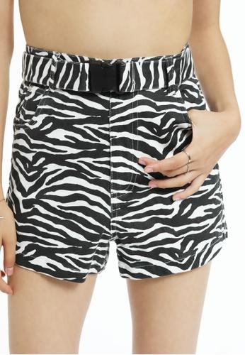 London Rag black Tiger Print Shorts A4B9DAAD56794BGS_1