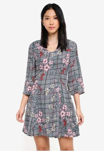 ZALORA multi V Neck Fitted A Line Dress 75DA6AA98A46ADGS_1