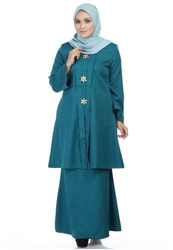 Nawra Kebarung with Gold Brooch from Ashura in Green and Multi
