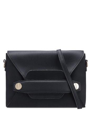 Berrybenka black Kei Octa Sling Bag FA047ACEAFF494GS_1
