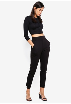 6dd5786f03405 10% OFF MISSGUIDED Button Front Long Sleeve Crop Top S  25.90 NOW S  23.30  Sizes 6 8 10 12 14