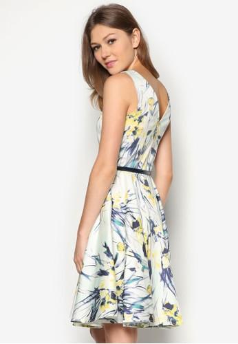印花寬擺腰帶洋裝, 服飾, 短洋zalora 心得裝