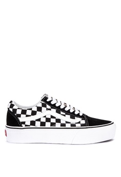 2c376eeb14 VANS black Checkerboard Old Skool Platform Sneakers 9E7F9SHFB87CC8GS 1