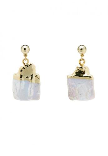 SKEDA gold Misty Flat Pearl Drop Earrings 67323ACABD0BC9GS_1