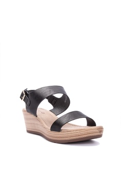 2648746122444 33% OFF CLN Valencia Wedges Php 1,499.00 NOW Php 999.00 Sizes 36 37 38 40