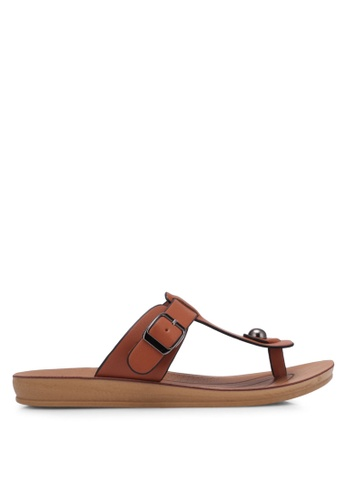 Noveni brown T-Strap Sandals NO978SH0RX35MY_1
