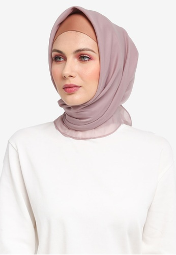 Ilham Echenta for ZALORA brown Organza Talia Hijab IL554AA0SY2VMY_1
