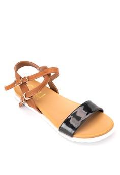 Kassel Flat Sandals