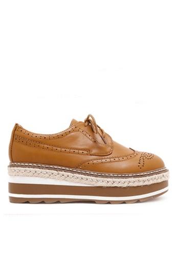 Twenty Eight Shoes 褐色 厚底沖花牛津鞋 VF867 56647SH91A1401GS_1
