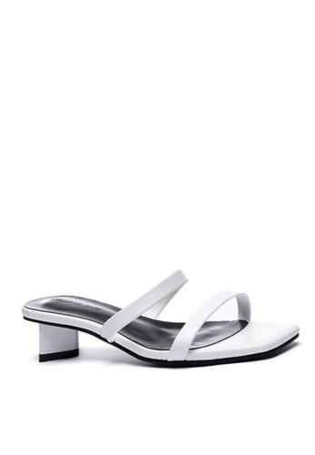 Twenty Eight Shoes Modern Style Flat Sandals 865-5 66D5FSH8206FD3GS_1