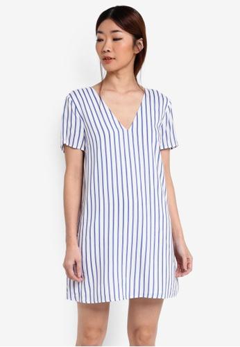 Something Borrowed white V-Neck Cross Back Shift Dress 577DCAAAB70103GS_1