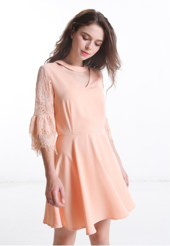 Choker Lace Bell Sleeves Dress
