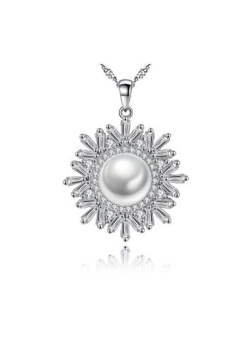 SUNRAIS silver High-grade colored stone silver snowflake necklace 093AFAC217EC58GS_1