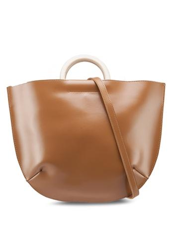 Berrybenka brown Meghan Decca Top Handle Bag D4BE9AC7C244EDGS_1