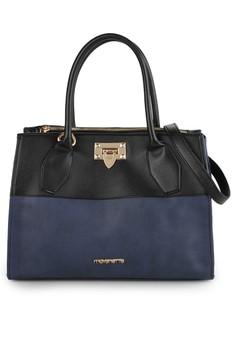 Danka Sling Bag