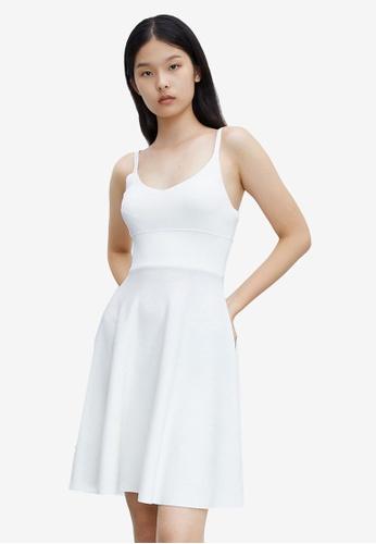 Urban Revivo 白色 針織洋裝 D2C4AAAF26DFAEGS_1