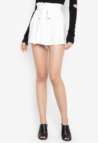 Susto The Label white Janie Paperbag Shorts C427FAAA0E0A2DGS_1