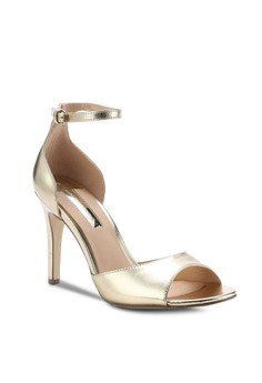 Dorothy Perkins Gold 'Shay' Sandals 69.90 SGD Sizes 3 4 5 6 7