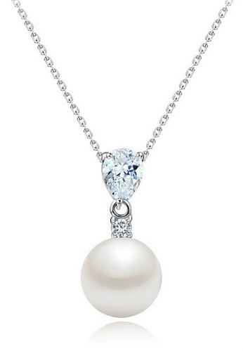 Buy vivere rosse pearl of joy pendant necklace online zalora malaysia vivere rosse white pearl of joy pendant necklace vi014ac73gtmmy1 aloadofball Gallery