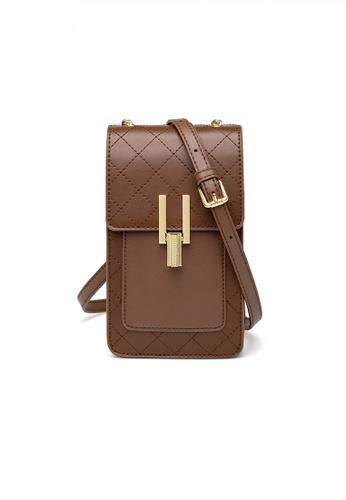 Twenty Eight Shoes Stylish Leather Metal Buckle Mobile Shoulder Bag JW YU-20201117 C7820AC9EE1F98GS_1