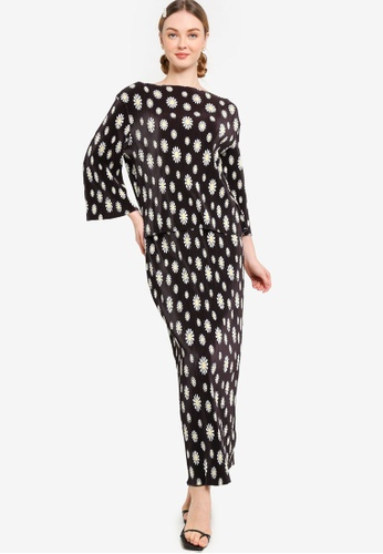 Lubna black and white Printed Pleat Kurung 1A839AA273DFC5GS_1