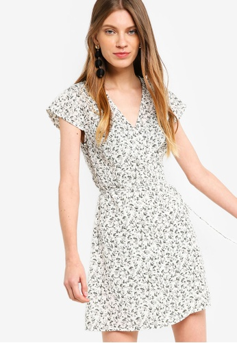 Something Borrowed white Printed Wrap Dress DE313AA0178380GS_1
