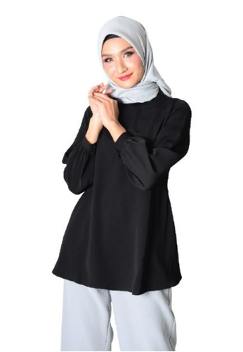 MyTrend black Chloe Bubble Sleeve Blouse in Black E83F2AA9A18A14GS_1