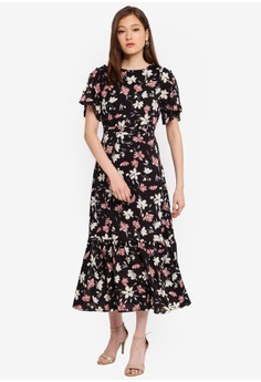 4f17f8b1a 18% OFF BYSI Floral Button Flare Dress S$ 96.00 NOW S$ 78.90 Sizes XS S M L