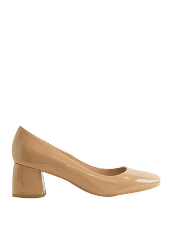 eq:iq brown eqEVA Block-heel Patent Pumps EQ351SH0FVB4SG_1