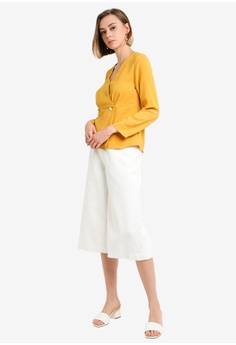 cffcdc201d 10% OFF Dorothy Perkins Ochre Button Wrap Top RM 179.00 NOW RM 160.90  Available in several sizes