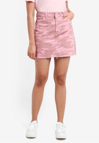 TOPSHOP pink Moto Pink Camouflage Denim Skirt 18689AAF2BA6A9GS_1