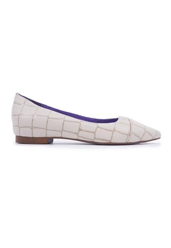 Flatss & Heelss by Rad Russel beige Stone Effect Pointy Flats - Beige 43AC8SH84E8B7CGS_1