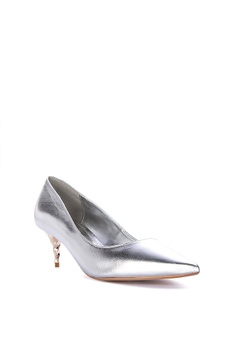 278f07a44a 20% OFF Dune London Aspire Closed Toe Heels Php 5,650.00 NOW Php 4,519.00  Sizes 36 37 38 39