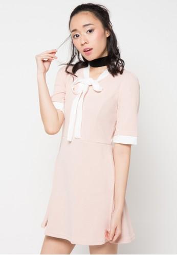 Envy Look pink and beige Color Arrangement Ribbon One Piece EN694AA83CQEID_1