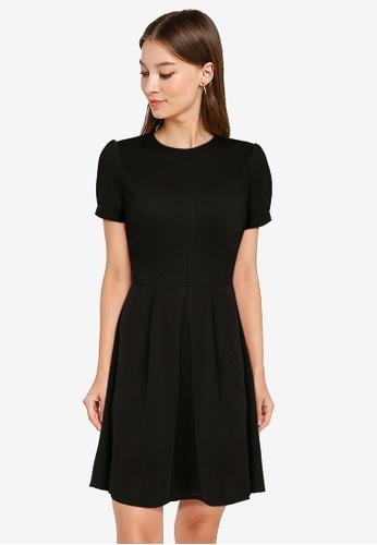 ZALORA WORK black Pleat Detail Fit & Flare Dress CFABDAAD5D54BBGS_1
