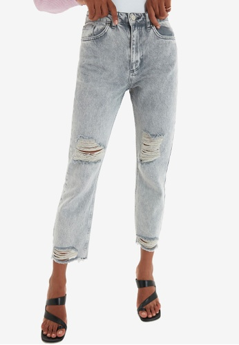 Trendyol grey Gray Ripped Straight Leg Jeans B6BB7AA11E6189GS_1