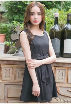[IMPORTED] Elegant Posture Bow Flare Dress - Black